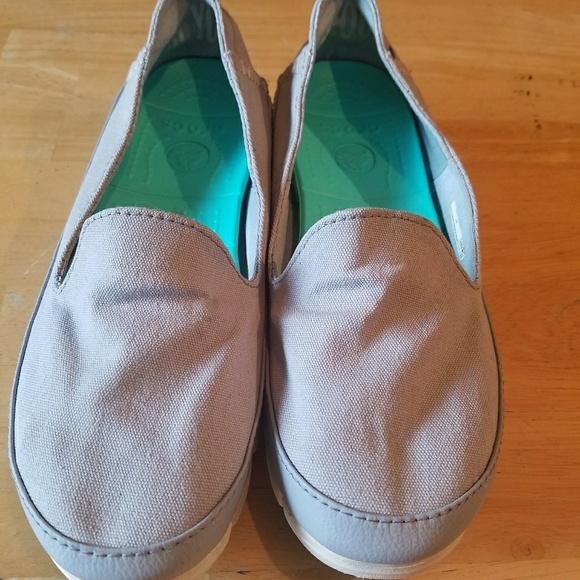 50e988c6f6 CROCS Shoes | Women Stretch Sole Skimmer Gray Canvas Shoe | Poshmark